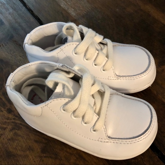 Stride Rite SRT Baby and Toddler Grayson Leather Sneaker